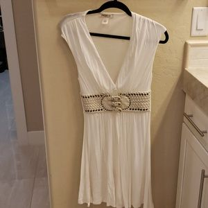 ArdenB white belted dress size small